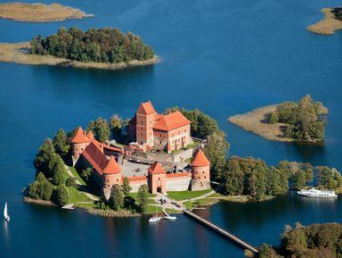 Тракай — резиденция литовских князей