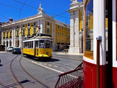 Трансфер + экскурсия по центру Лиссабона