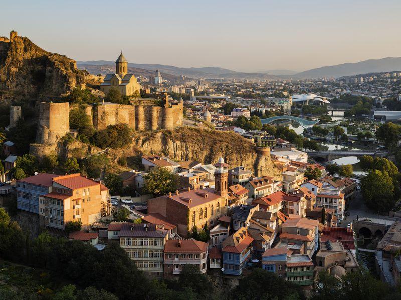 Панорамы и узкие улочки Тбилиси width=