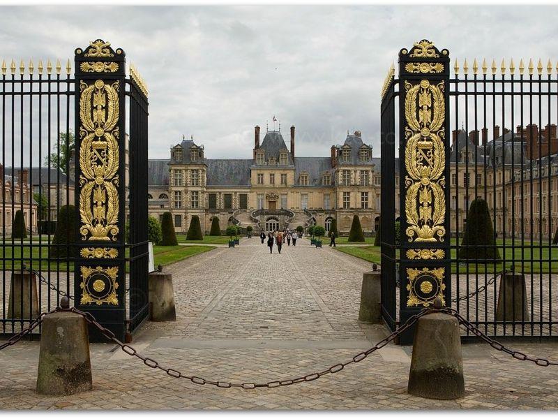 Экскурсия Фонтенбло — ослепительный дворец