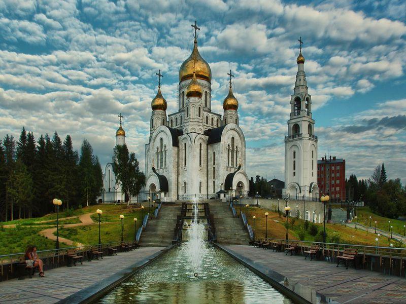 Первое знакомство с Ханты-Мансийском на автомобиле