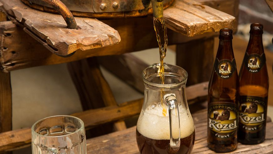 Замок Орлик и пивоварня «Велкопоповицкий Козел»