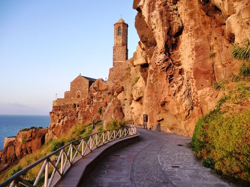 Чудотворный крест замка Дория