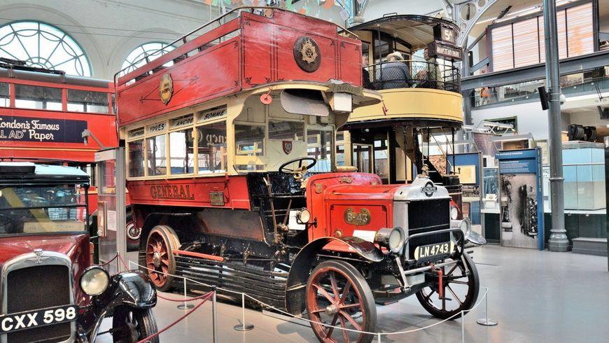 Лондон от омнибуса до автобуса