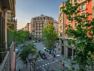 Пять районов Барселоны затри часа
