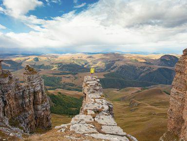Курс на Эльбрус: джип-тур на плато Бермамыт