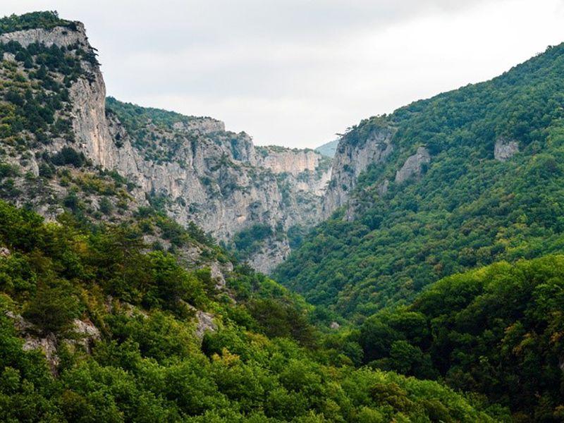 Трекинг по Большому каньону Крыма width=