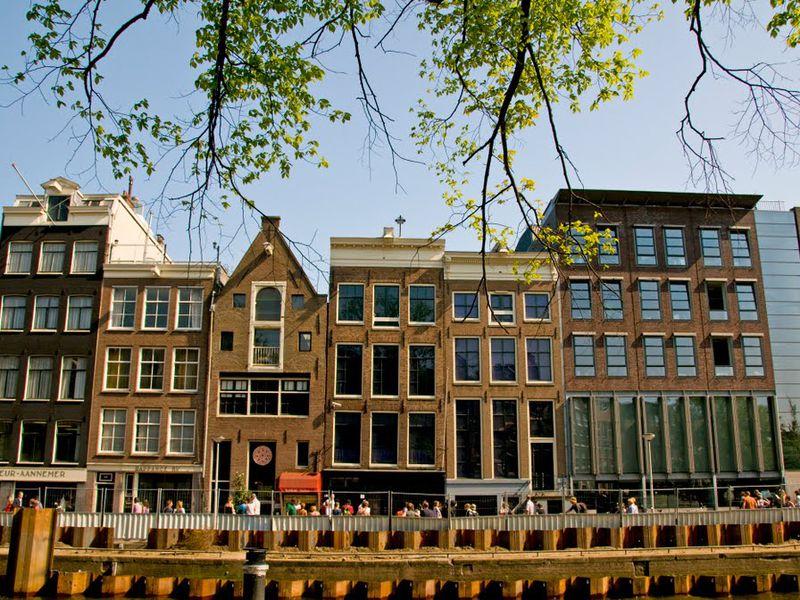 Первые шаги вАмстердаме