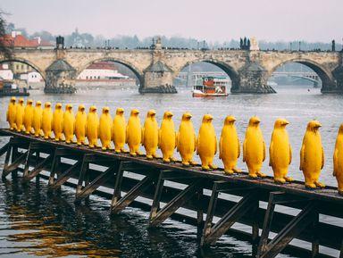 Необычные памятники Праги