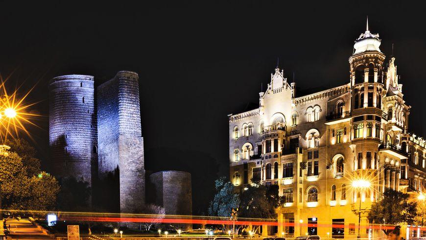 Калейдоскоп вечернего Баку