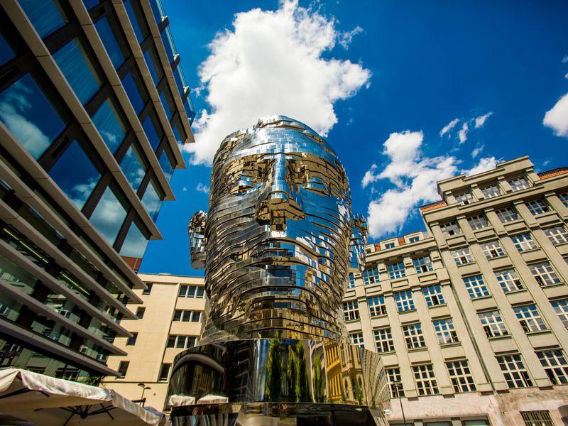 Творческая Прага: арт-объекты вистории