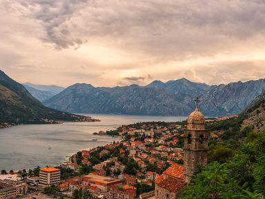 Деликатесы Черногории: Негушский пршут, сыр и вино Вранац