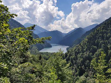 Путешествие на озеро Рица из Пицунды