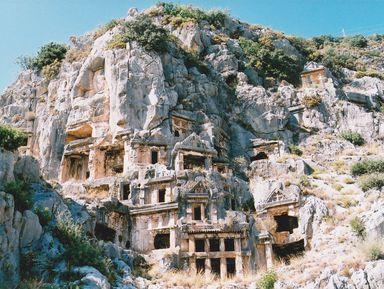 Два в одном: храм Святого Николая в Демре и древний город Мира
