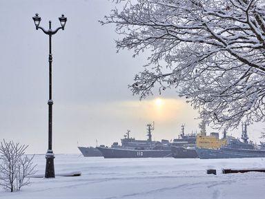 Петергоф иКронштадт: два города заодин день